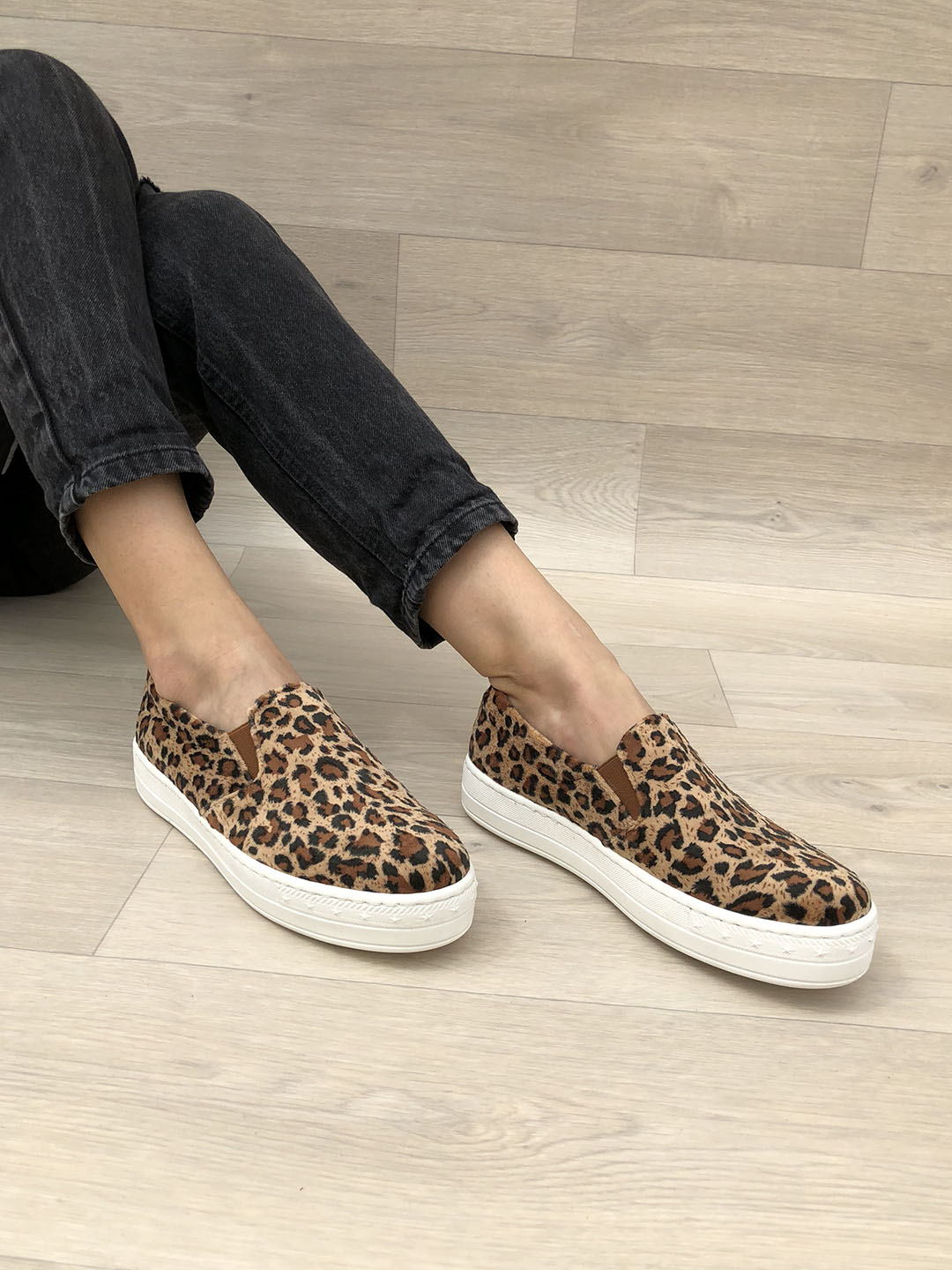a4b3bfbd34 LEATHER SHOES    Animal Print Leather Shoes Vans Style - Christina ...