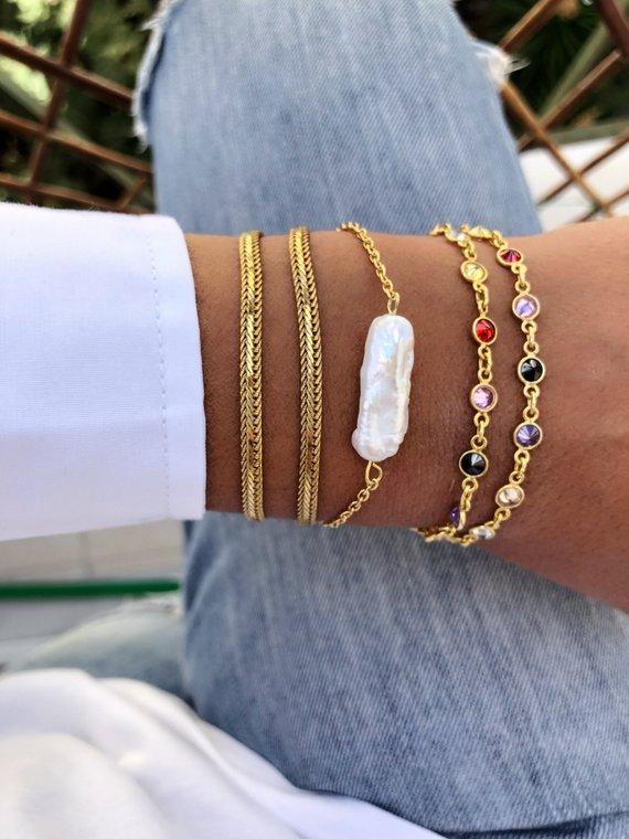 77b85a0a1bd Thin Gold Bracelets, Gold Chains, Coral Bracelet, Colorful Bracelets