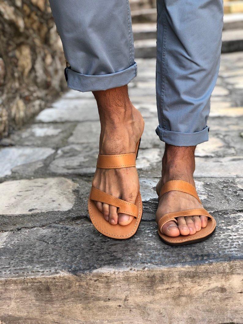 LEATHER SANDALS :: Men's Sandals